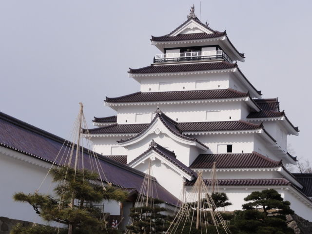 March_2011_The_Aizu-Wakamatsu_Castle