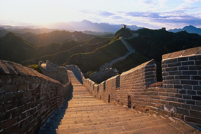 1024px-The_Great_wall_-_by_Hao_Wei