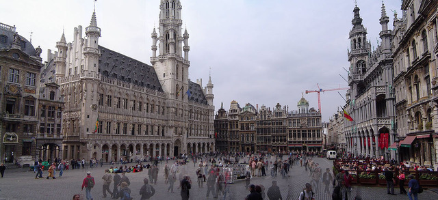 1280px-Grand_place_brussels