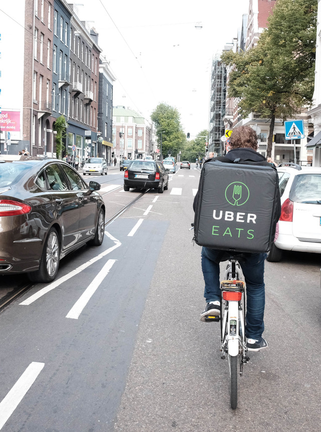 UberEats_cyclist_in_Amsterdam
