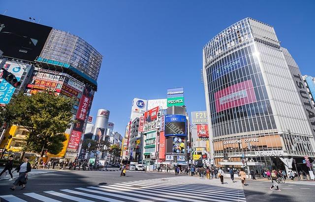 古参ヲタク「渋谷は怖いとこなんだよ・・・」お前ら「何言ってんだwwww」それでは1999年の渋谷をご覧ください