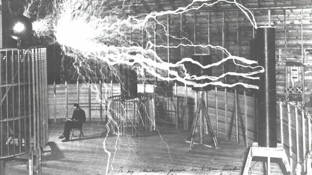 エジソン「電球発明ンゴ!!!」テスラ「ほーん」