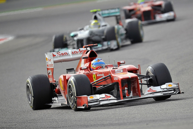 Fernando_Alonso_2012_Bahrain