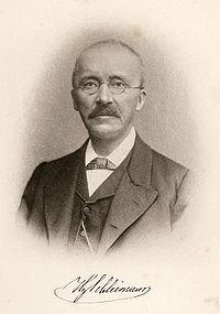 200px-Heinrich_Schliemann