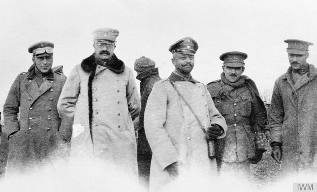 The_Christmas_Truce_on_the_Western_Front,_1914_Q50721