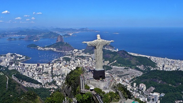 800px-Christ_on_Corcovado_mountain