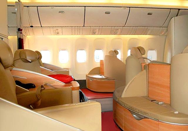 AF_LEspace_Premiere_777_cabin