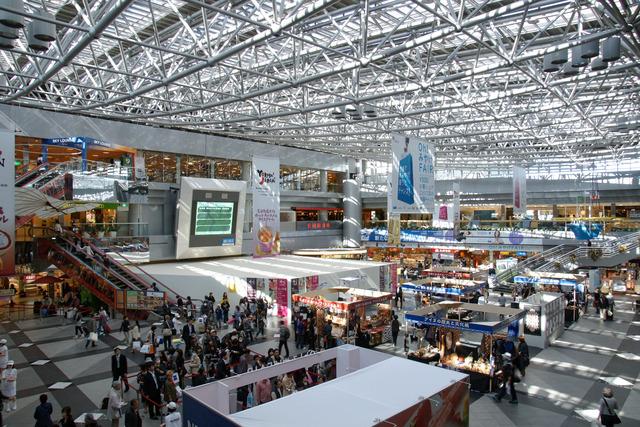 Hokkaido_New_Chitose_Airport09s5s4272