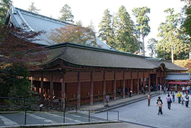 Enryakuji_Konponchudo02s5s3200