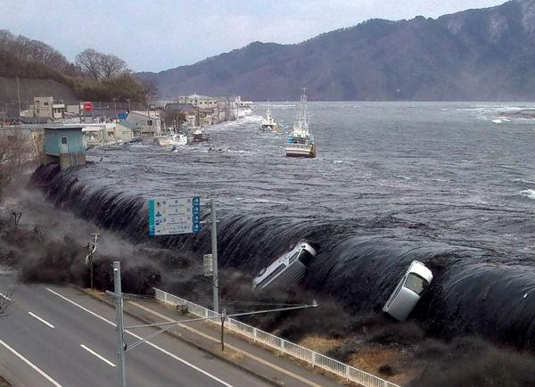 海の近くに住んでる人って津波怖くないのか?