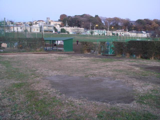 多摩川緑地広場硬式野球場