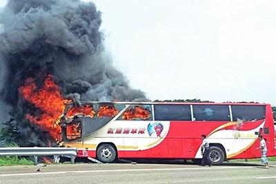 【拘束レイプwww】抵抗できないヒロイン達のエロ画像www