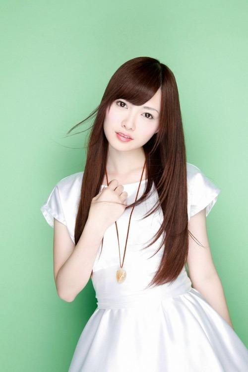 白石麻衣8ワンピース画像 (1)