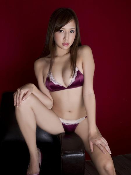 丸高愛実セクシー水着画像 (19)