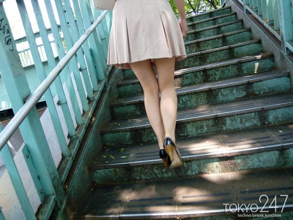 22才お嬢様ふう美女かほ7公園デートの画像 (6)