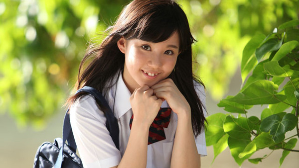 日野麻衣1女子高生制服・水着画像 (5)