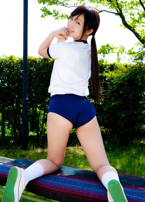 松岡里英2女子高生ブルマ画像  (2)