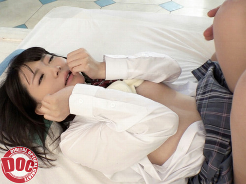 つるぺたAカップ しほちゃん卒業式後のAV撮影で号泣 (7)