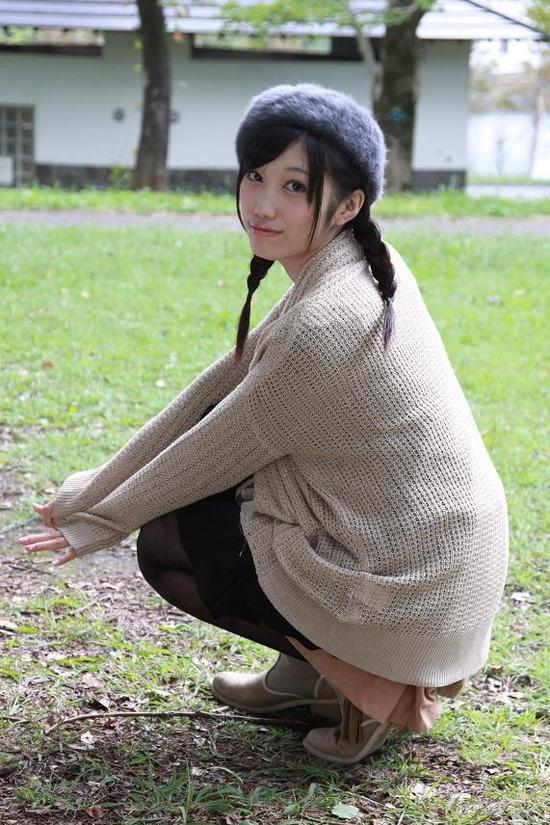 小蜜こと副島美咲8ベレー帽制服画像 (5)
