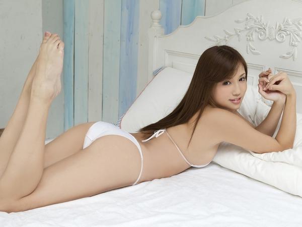 丸高愛実セクシー水着画像 (29)