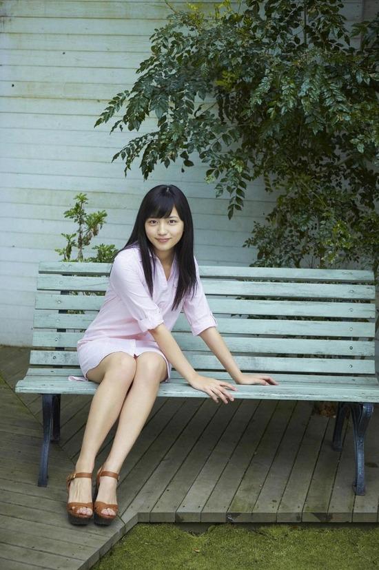 川口春奈6ロング黒髪画像 (1)