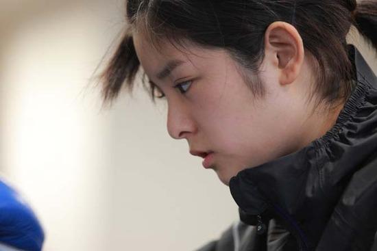 伊藤沙月8トレーニングウエア姿画像 (1)