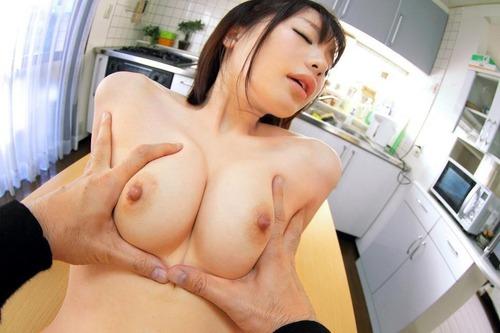airi_suzumura_oppai (9)