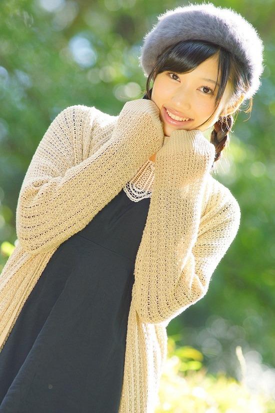 小蜜こと副島美咲8ベレー帽制服画像 (4)