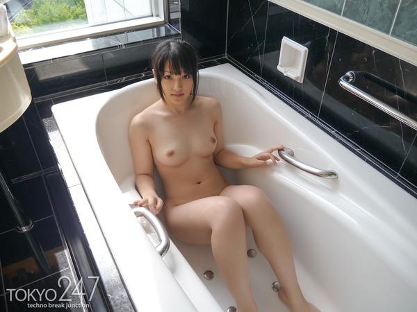 萌え系高校生3全裸入浴画像 (4)