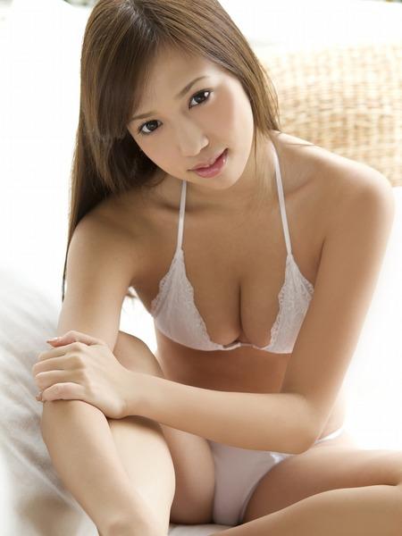 丸高愛実セクシー水着画像 (32)