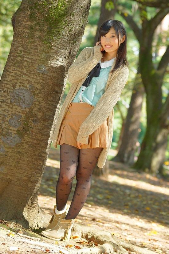 小蜜こと副島美咲9ブレザー制服画像 (6)