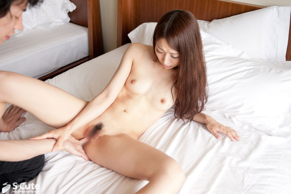 森川真羽4美少女SEX画像  (1)