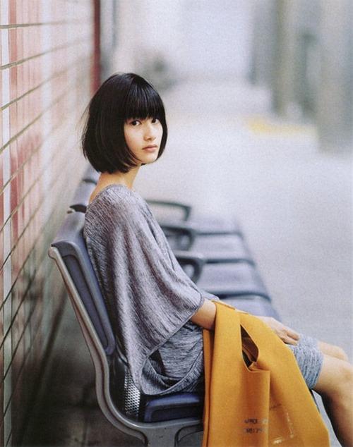 橋本愛グラビア画像013