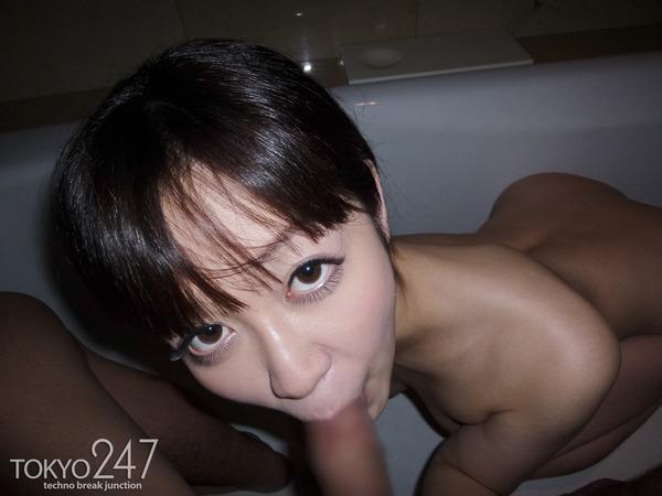 篠田ゆう1フェラチオ画像 (2)