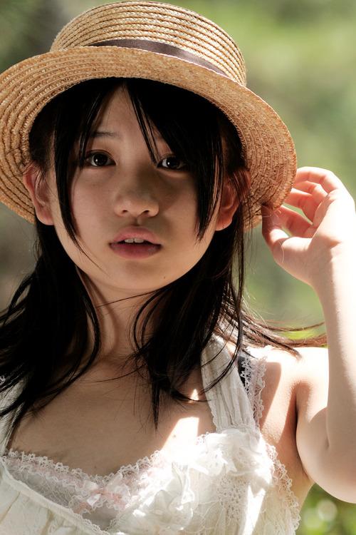 春日彩香8帽子ワンピース画像 (1)