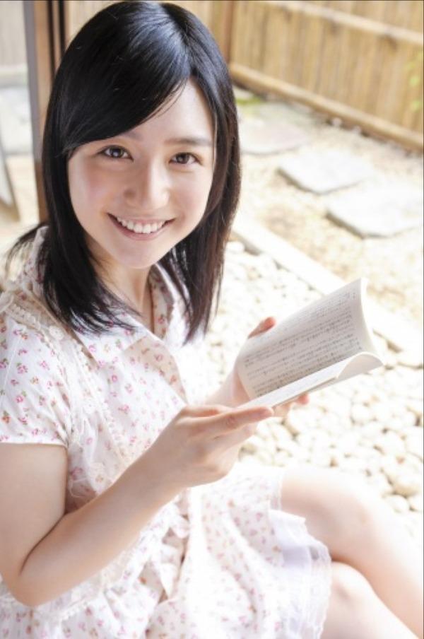 古川いおり8白スカート画像 (3)