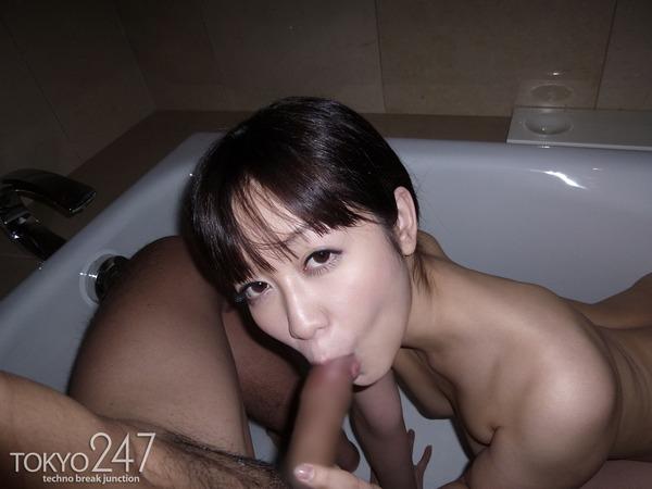 篠田ゆう1フェラチオ画像 (3)