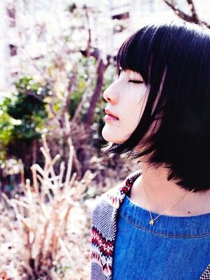 橋本愛グラビア画像025