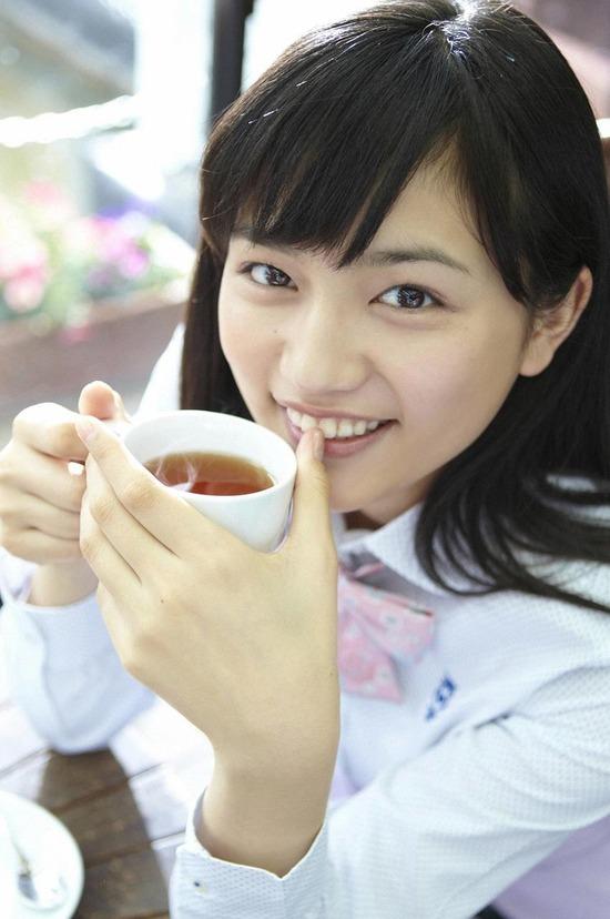 川口春奈6コーヒーブレイク画像 (2)