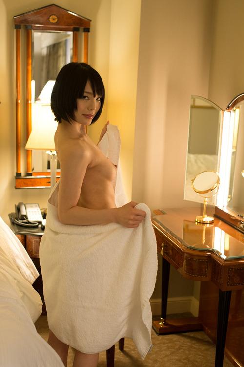 airi_suzumura_oppai (54)