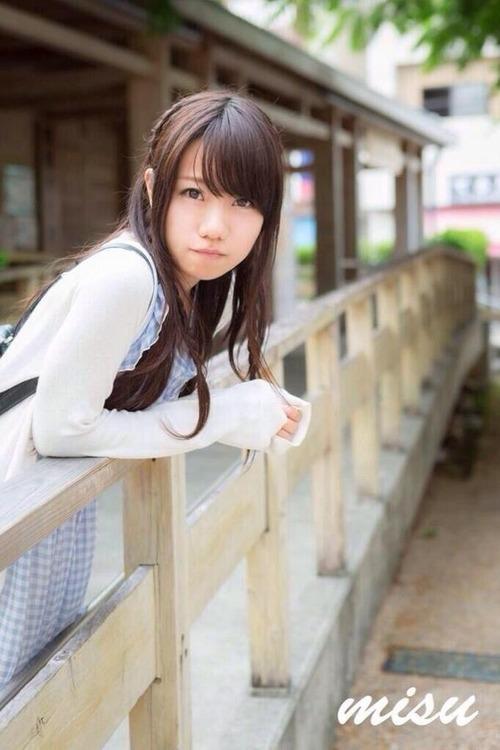 小西まりえ (12)
