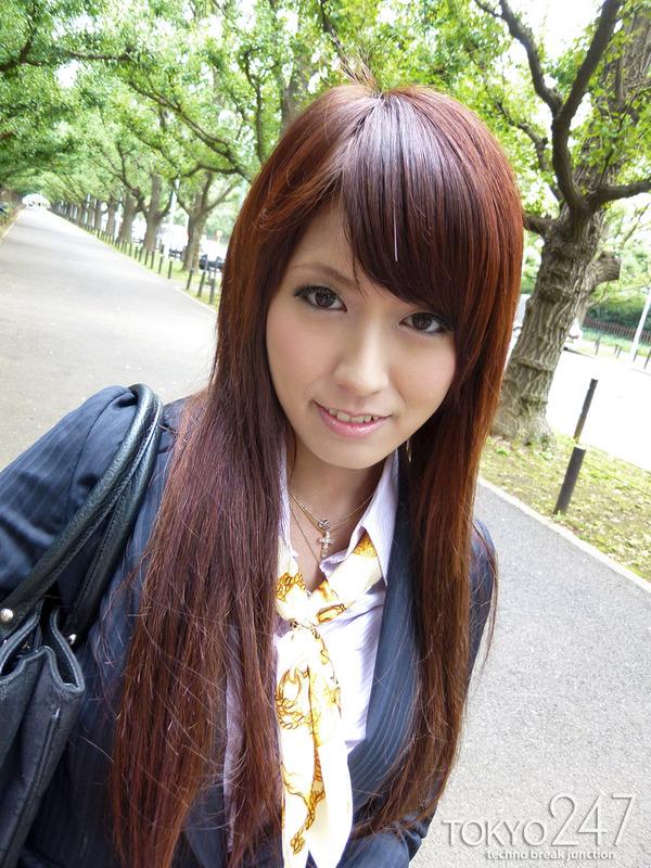 変態ドMっ娘4OL制服で散歩する画像 (4)