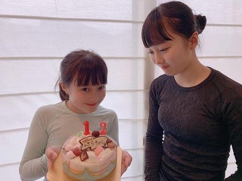 本田望結ちゃん育成成功!15歳誕生日、これでもかと胸強調 (2)