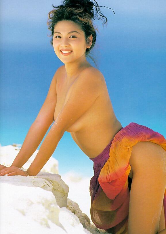 飯島直子8セミヌード画像 (1)