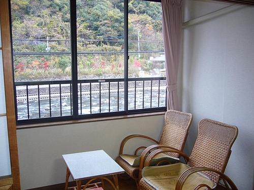 窓からの風景 紅葉