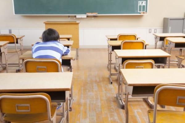 教室に子供