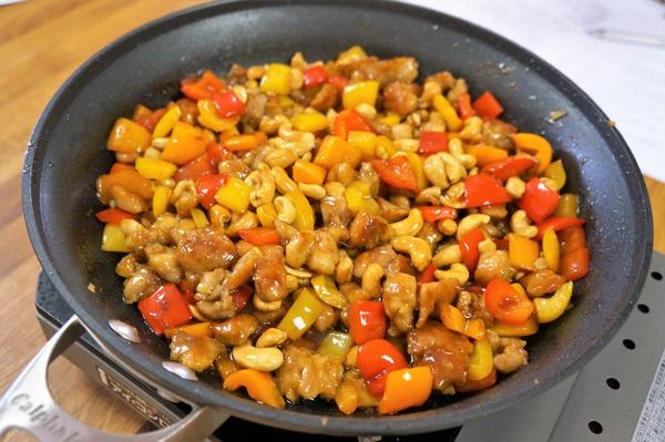 鶏とカシューナッツの炒め物 DSC02810 (2)