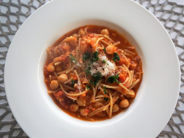 豆とパスタのスープ NYCooking
