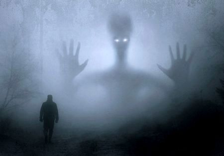 怖い話黒い巨人