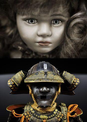 武者と闘うフランス人形